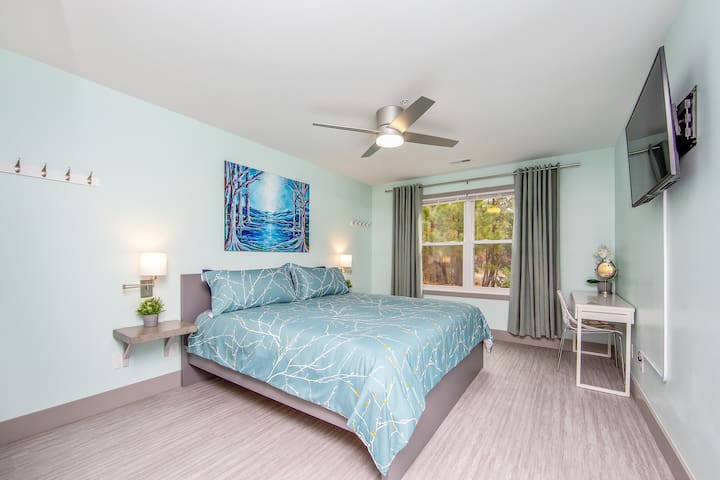 Master Bedroom upon entry