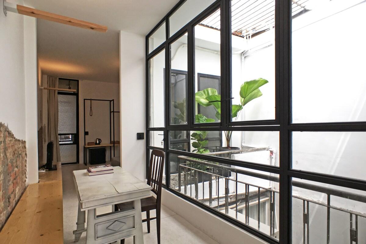 Stylish 2B Apartment Gem   Just Walk Everywhere!   Apartments For Rent In  Bến Nghé, Hồ Chí Minh, Vietnam