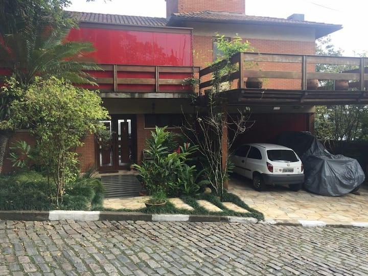 A casa dos sonhos no morro Santa Terezinha Santos