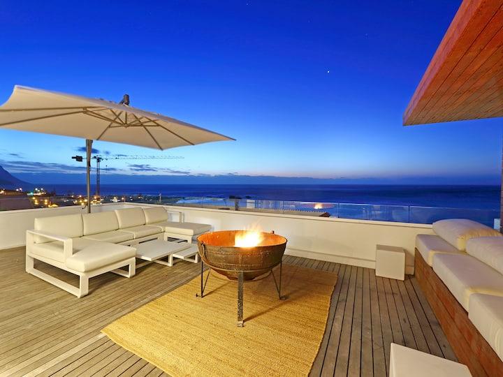 Clifton YOLO Spaces - Clifton Private Beach Villa
