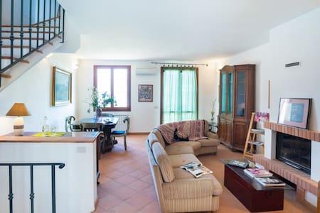 Capalbio-Retreat. Charming apartment near sea for8 - Pescia Fiorentina - Pis