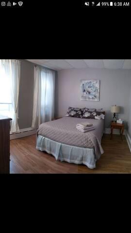 Convenient 2 bedroom condo Union Square Som/CMB
