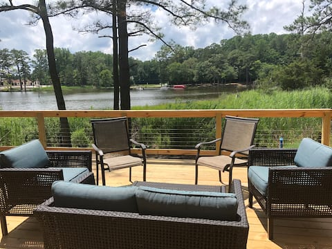Beautiful Waterfront Home-Private, Clean, Relaxing
