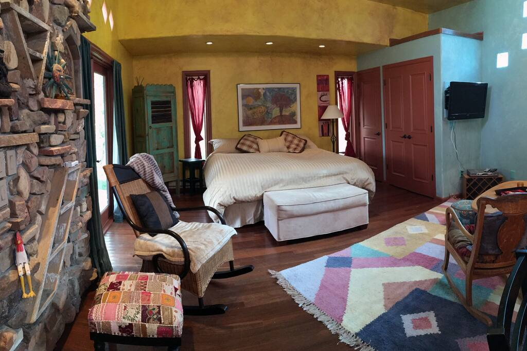 The casita comes with plenty of storage, laundry, tv and a comfortable king size bed