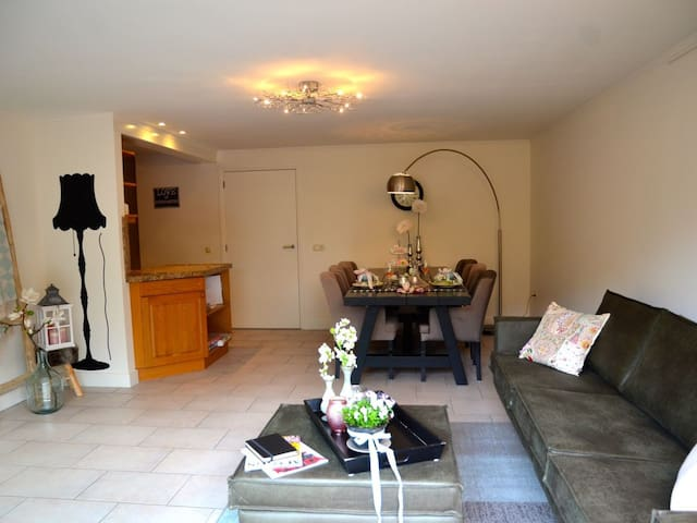 2 rooms appartment with own garden, centre Bergen