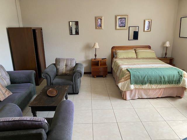 Apartamento tipo Estudio #6 Zona 15