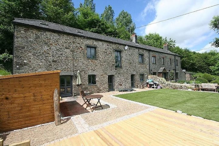 Spacious Barn Conversion in the South Hams