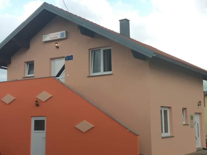 Guest House Mačić Doble room  2 ***
