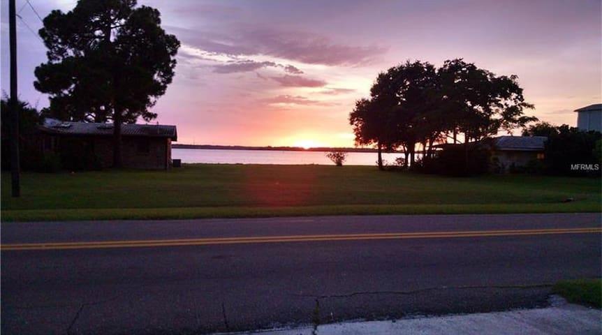 Amazing Sunsets of Old Tampa Bay - Oldsmar - Oldsmar
