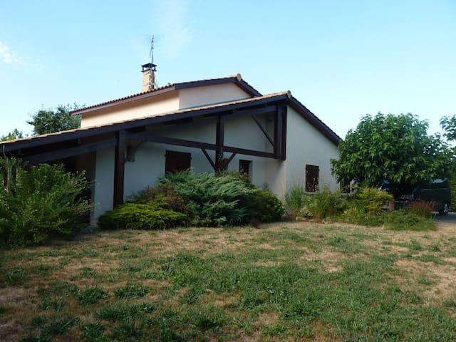 Quelques jours à la Campagne... - Cabanac-et-Villagrains - Huis