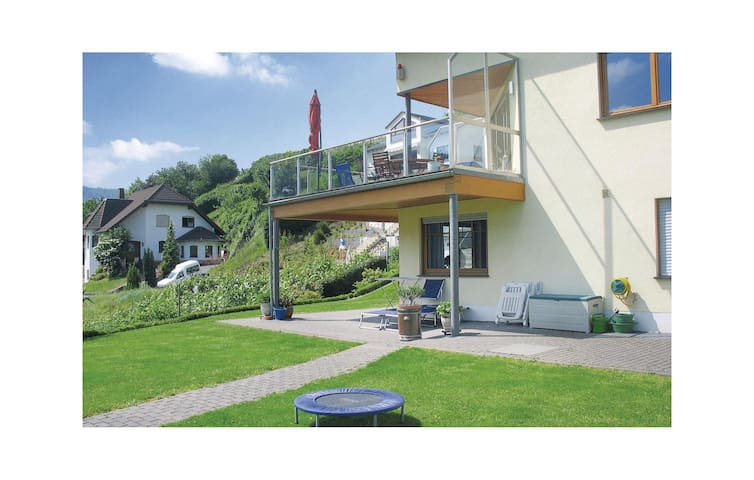 Holiday apartment with 2 bedrooms on 60 m² in Pölich