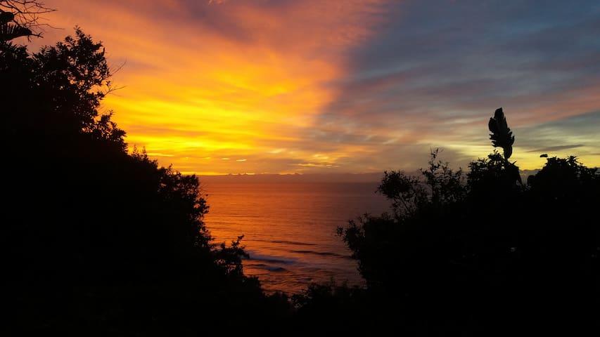 Seaview Airbnb Amanzimtoti,  Durban