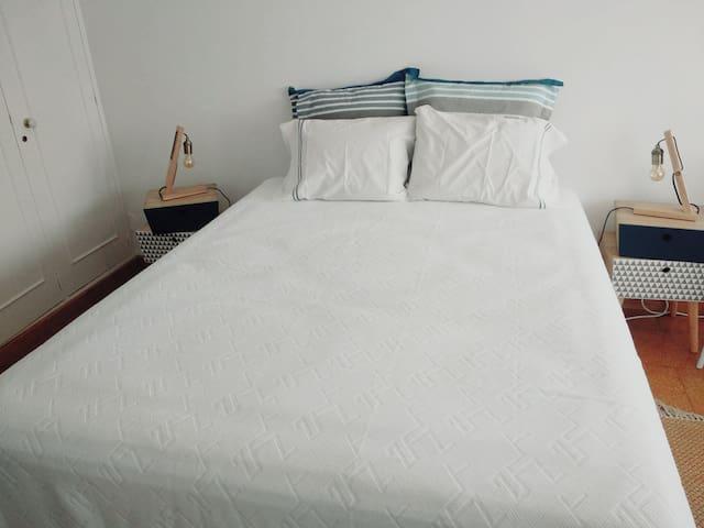 Quarto de cama de casal