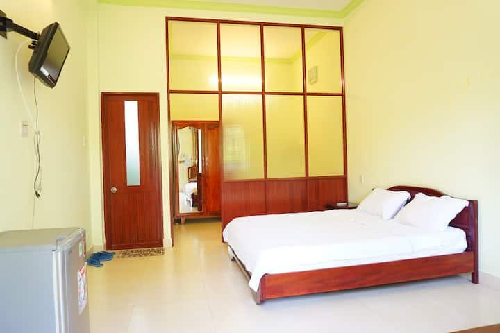 Spacious Room with Sunrise near Fairy Stream | 104