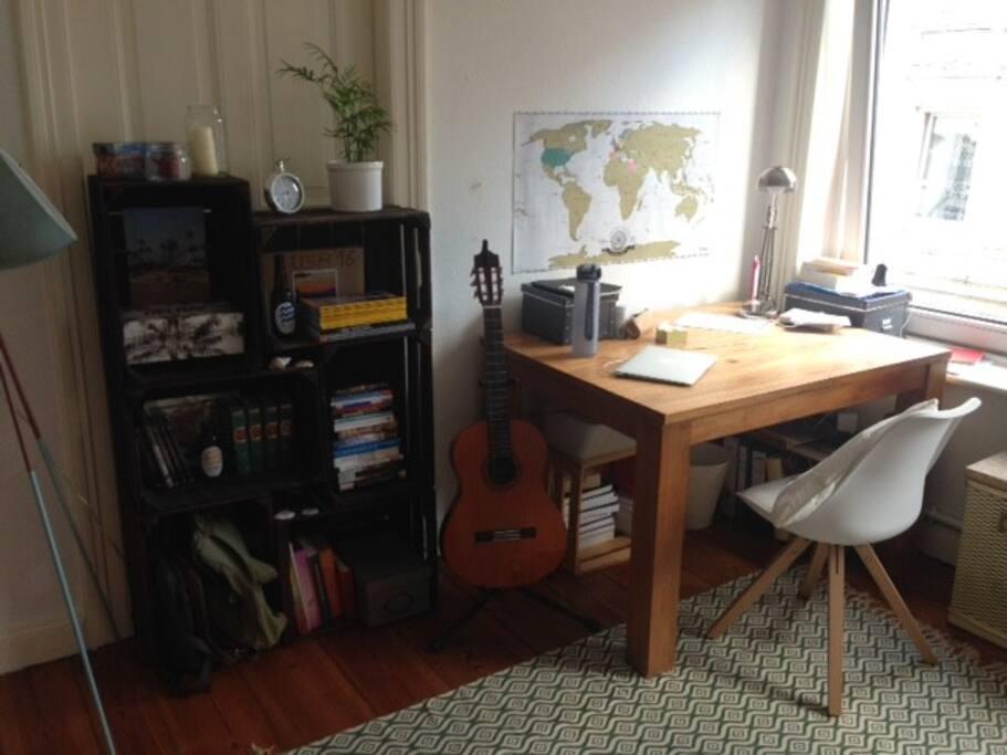 Schlafzimmer - Schreibtisch