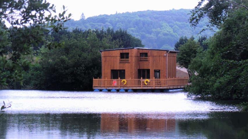 Cabane flottante de luxe 10 pers - Colleville - Blockhütte