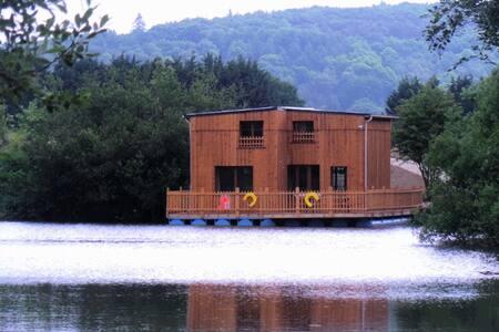 Cabane flottante de luxe 10 pers - Colleville
