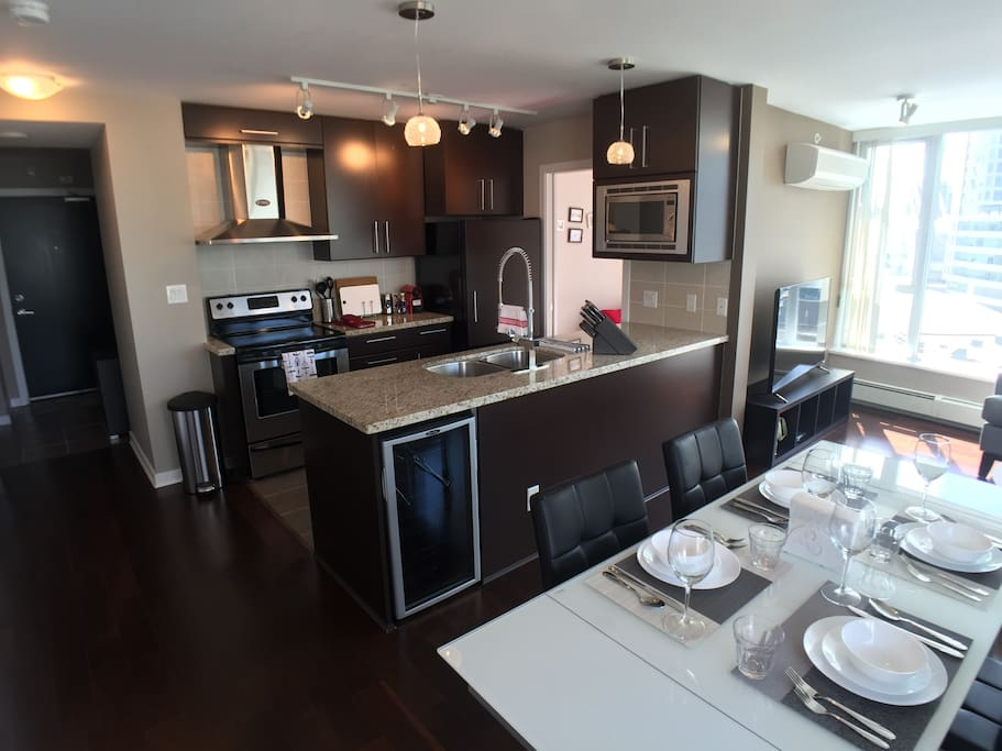 Dining and Kitchen areas1