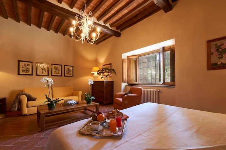 Junior Suite nearby Cortona