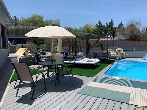 An amazing private unit with a big outdoor pool