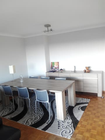 Nice, fully equipped apartment with free parking - Antwerpen - Appartamento
