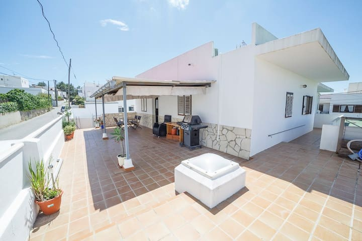 Apt2: Cozy 6pax Apartment in Ibiza - Eivissa - อพาร์ทเมนท์