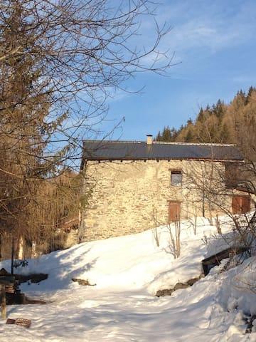 Grand chalet rénové valmeinier - Valmeinier - House