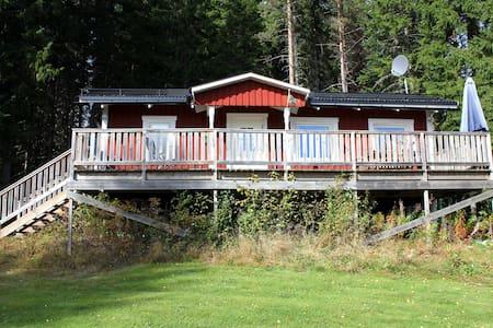 Ferienhaus Dypen - Direkt am Waldrand wohnen - Torsby N
