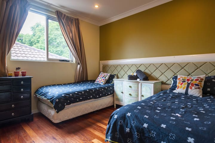 Bright Double Room for 2 or 3 people