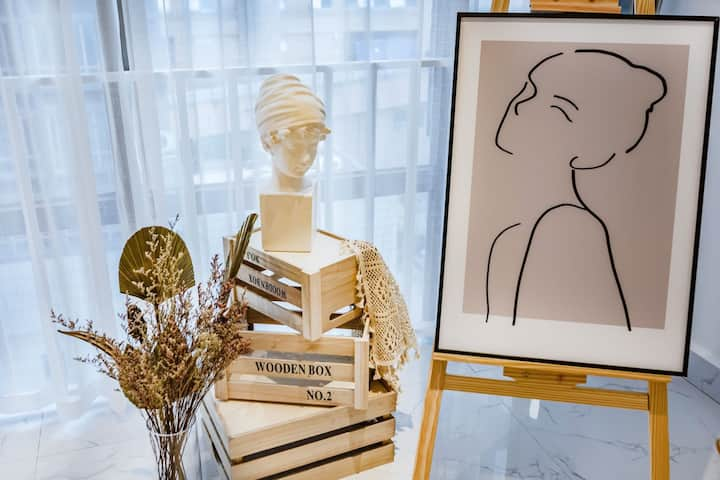 新房【乐巢居】达芬奇 投影 可做饭 花果园购物中心 白宫 机场大巴直达 楼下小吃街