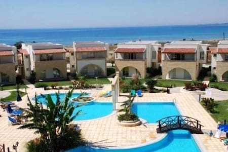 Holiday apartment in Seafront resort, N.Cyprus - Boğaz