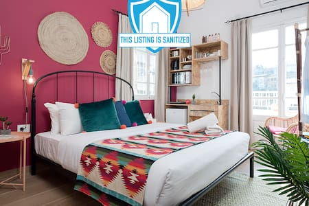 ★ Bohemian Studio in Mar Mikhael - Burgundy