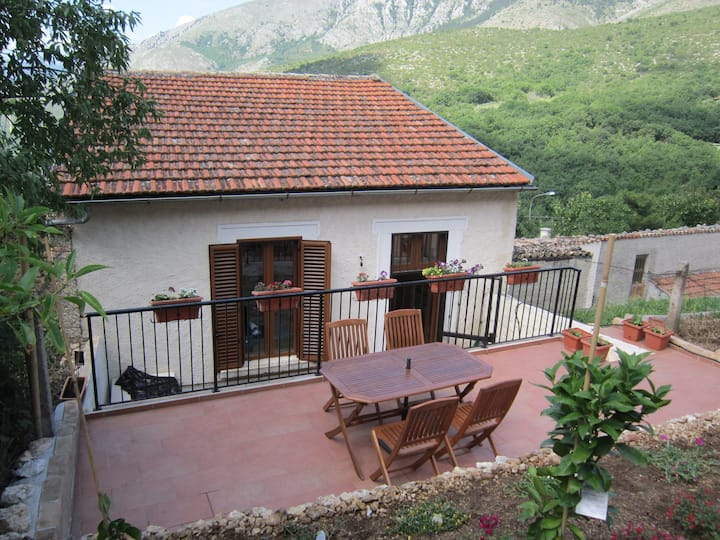 Abruzzo house in the Grand Sasso National Park