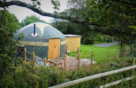 Kewni Yurt at Woonsmith Farm