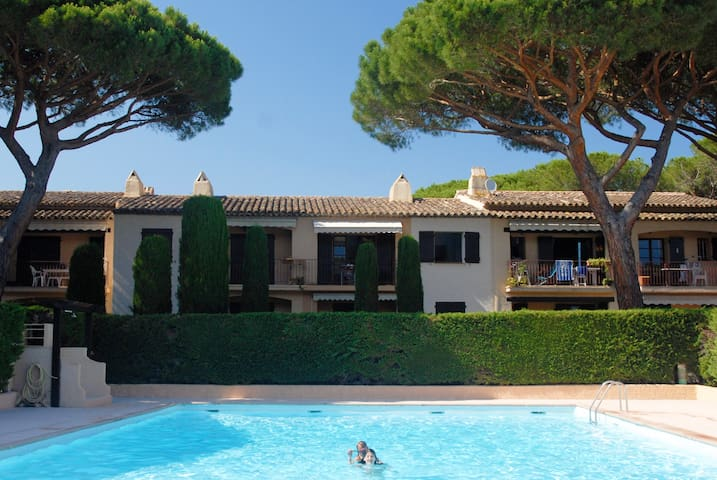 Gulf of St Tropez 5min walking distance of the sea - Roquebrune-sur-Argens - Apartamento