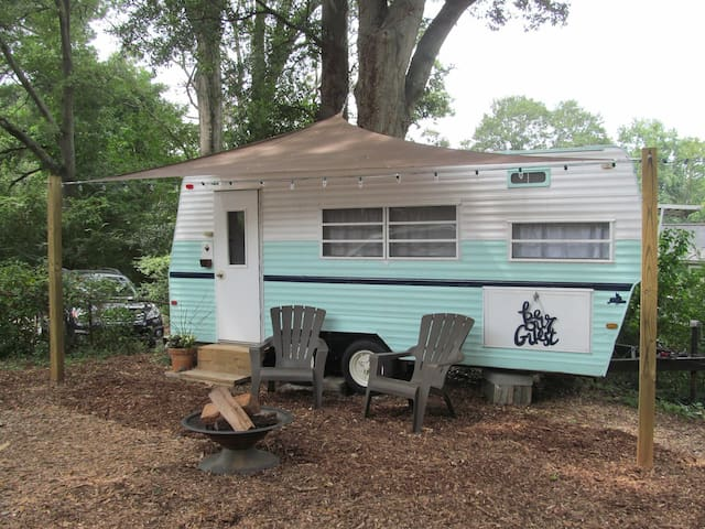 The Wren's Nest - A Vintage Camper Tiny House