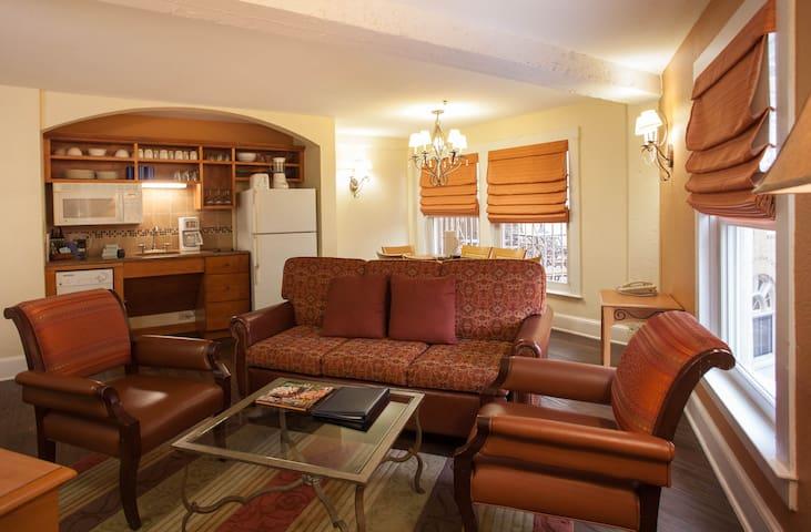 Wyndham Riverside Suites Resort 2 Bedroom (1) - San Antonio - Timeshare