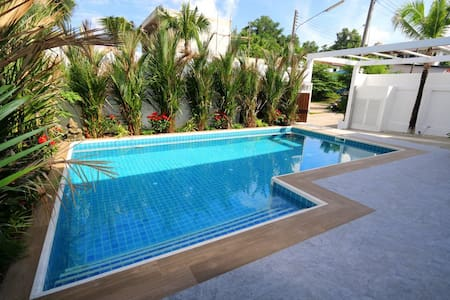 Modern Pool Villa Centrally Located - Tambon Kathu