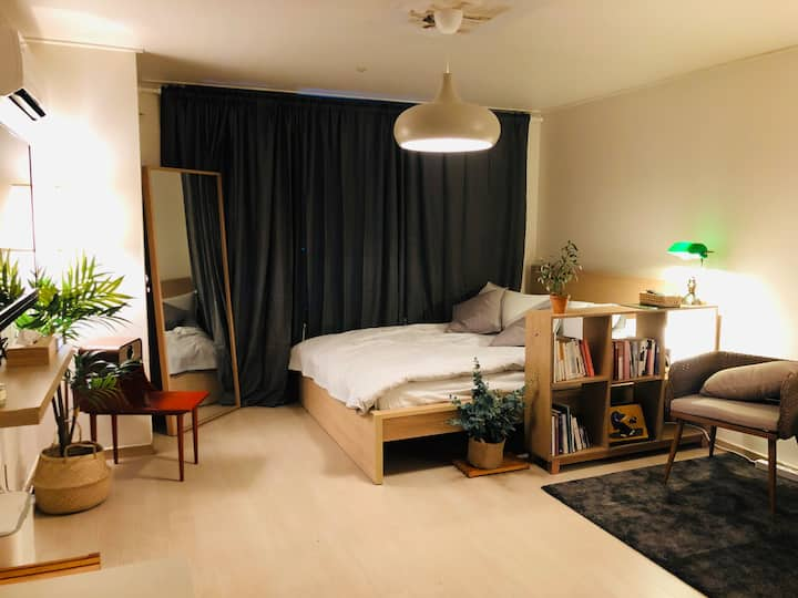 [Gangnam St. 5min] Ray's modern and cozy flat #3