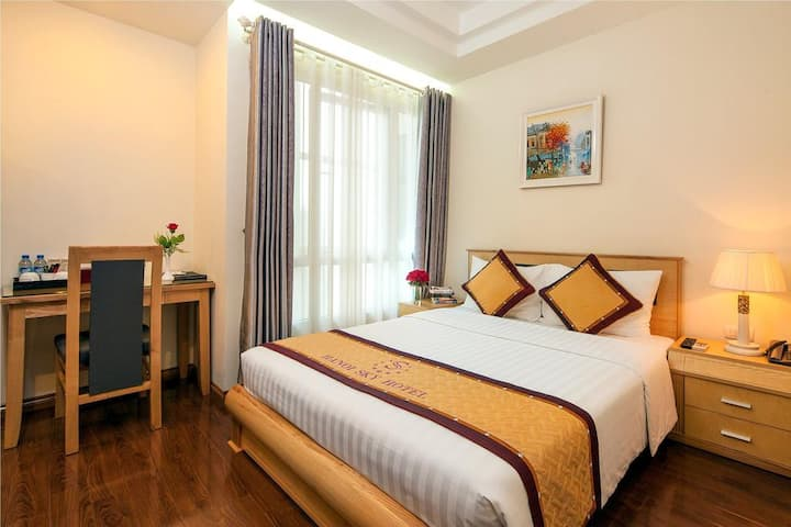STAY IN THE HEART OF HANOI - BEST PRICE EVER !