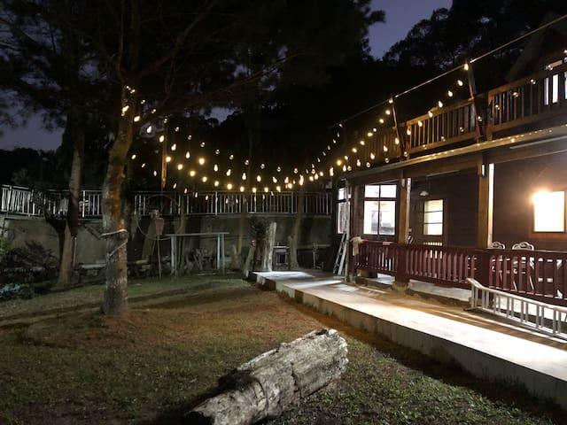 綠光森林 獨棟小木屋/廚房/庭院 近公老坪