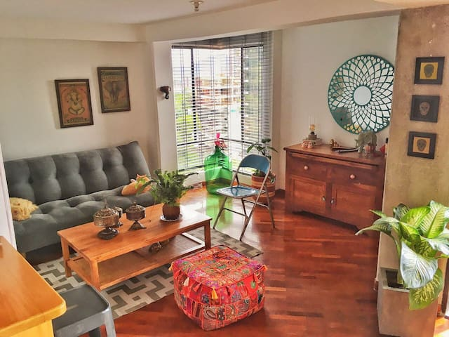 cozy duplex in El Poblado, close to park Lleras