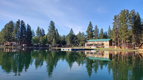 Fun & Expansive Lakefront House w/ Private Dock!