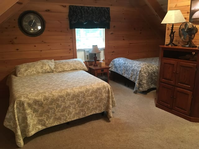 Queen bed & Double bed in loft area