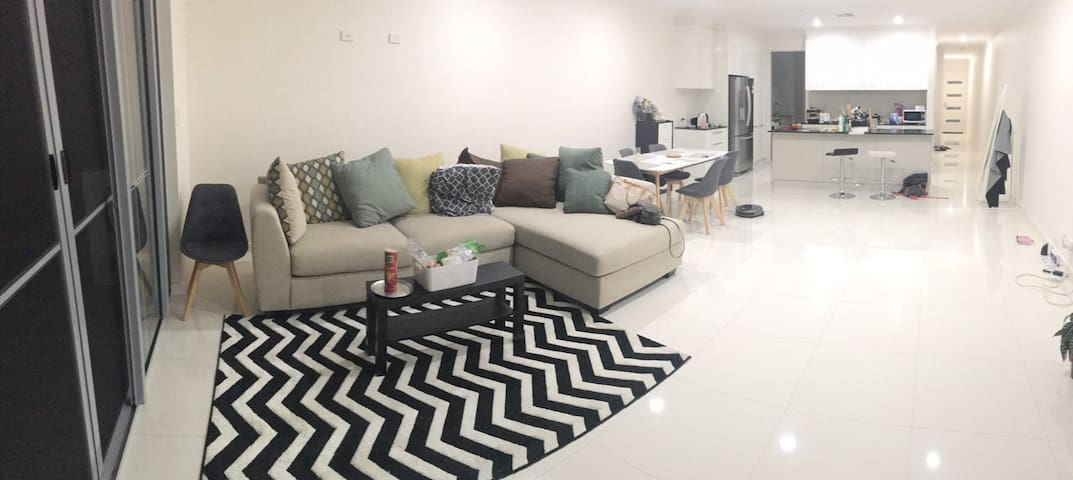 全新townhouse - Tranmere - Apartment
