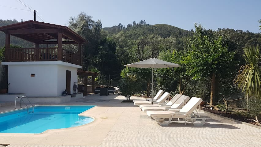 Detached villa with private pool - Souto