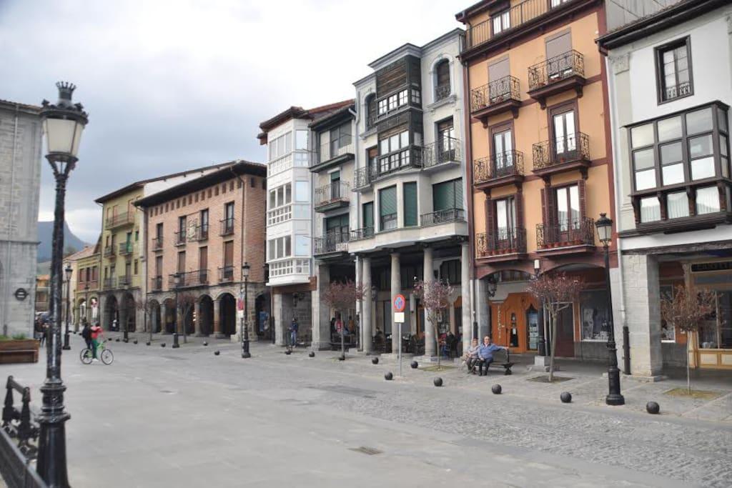 Foru Plaza, centro neuralgico de la Ciudad de Orduña.