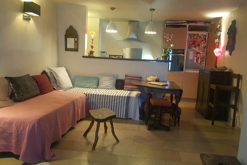 Livingroom and kitchen-