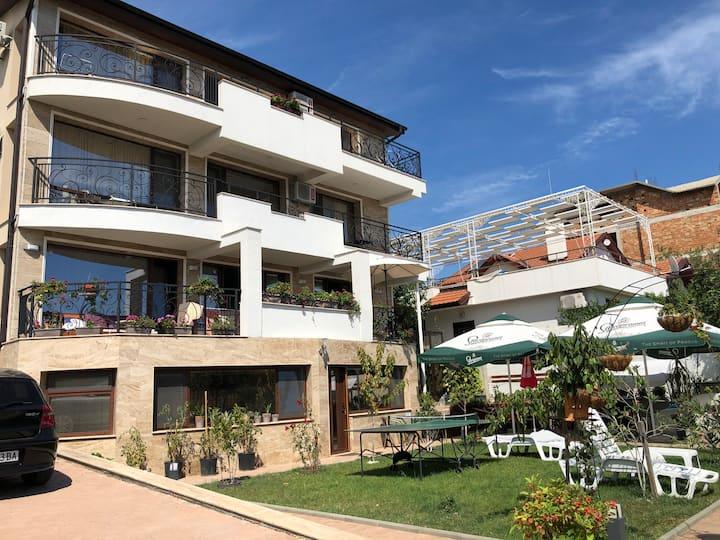 Villa Saint Vlas
