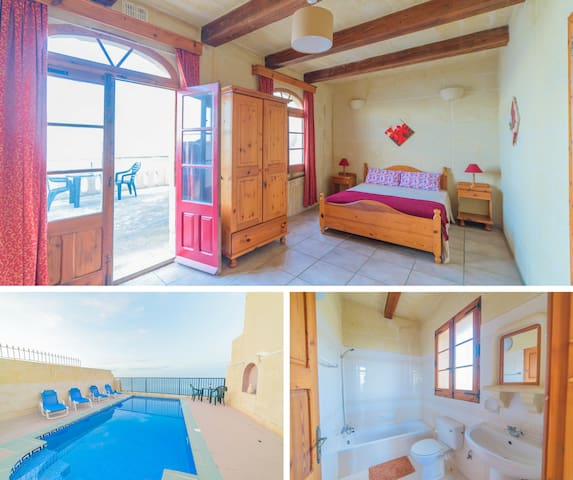 Double Bedroom Ensuite ~ Terrace with Sea View